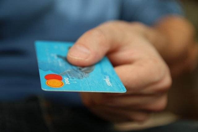 【ATMを探す必要がないよ】レジからお金を引き出せる。とても便利なキャッシュアウト